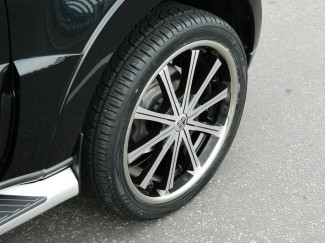 22 X 9.5 6:139 +20 Mitsubishi Shogun Wolf Ge Silver Wheel