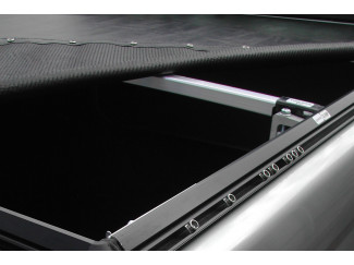Nissan Navara D22-D23 Extracab Soft Tonneau Cover Pickups With No Ladder Rack