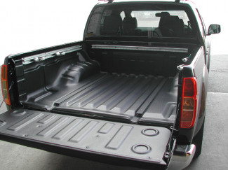Nissan Navara D40 Double Cab  with C Channels bed tray liner under rail