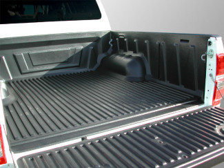 Isuzu DMAX 2012 Double Cab Truck Bed Liner Over Rail