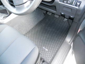 Isuzu D-Max 2012 on Double Cab Tailored Floor Mats