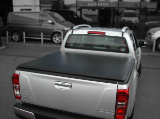 Isuzu DMAX 2012 on Double Cab Soft Tonneau Cover Hidden Snapper