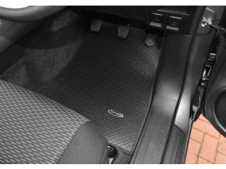 New Hilux 2016 On Tailored Floor Mats - Automatic Transmission