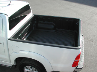 Toyota Hilux Mk6 Double Cab bed tray liner over rail