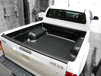Toyota Hilux Mk6 Double Cab Truck Bed Liner Under Rail