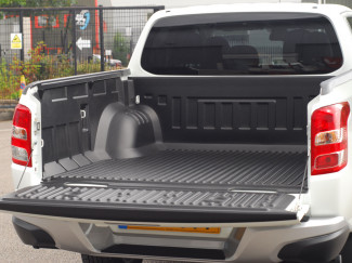 Mitsubishi L200 2015 On Double Cab Truck Bed Liner Over Rail