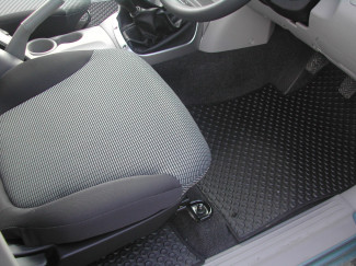Mitsubishi L200 Mk5 And 6 Double Cab Tailored Mat Set For 4 Life And 4 Work Models