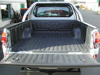Mitsubishi L200 Mk5 05-09 Extra Cab Truck Bed Liner Over Rail