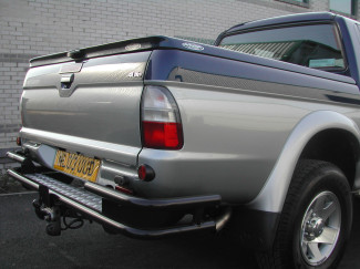 Mitsubishi L200 Mk3 And 4 Black Wrap Around Rear Bar With Tow Facility