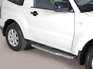 Mitsubishi Shogun/Pajero Swb 2015 On Stainless Steel Side Bars
