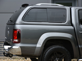 Carryboy Leisure windowed hard top on Amarok
