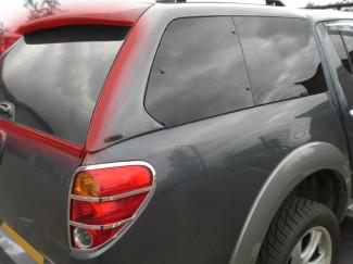 ALPHA SUT2 HARD TOP NON HEATED REAR DOOR GLASS L200 2005 on