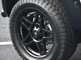 Predator Fox 20 Inch Alloys for Mitsubishi L200 2005-2010 - 20X9 Wheels in Lustrous Black