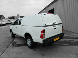2005 On Toyota Hilux EXT Carryboy Tradesman Hard Trucktop With Glass Rear Door In 040 White
