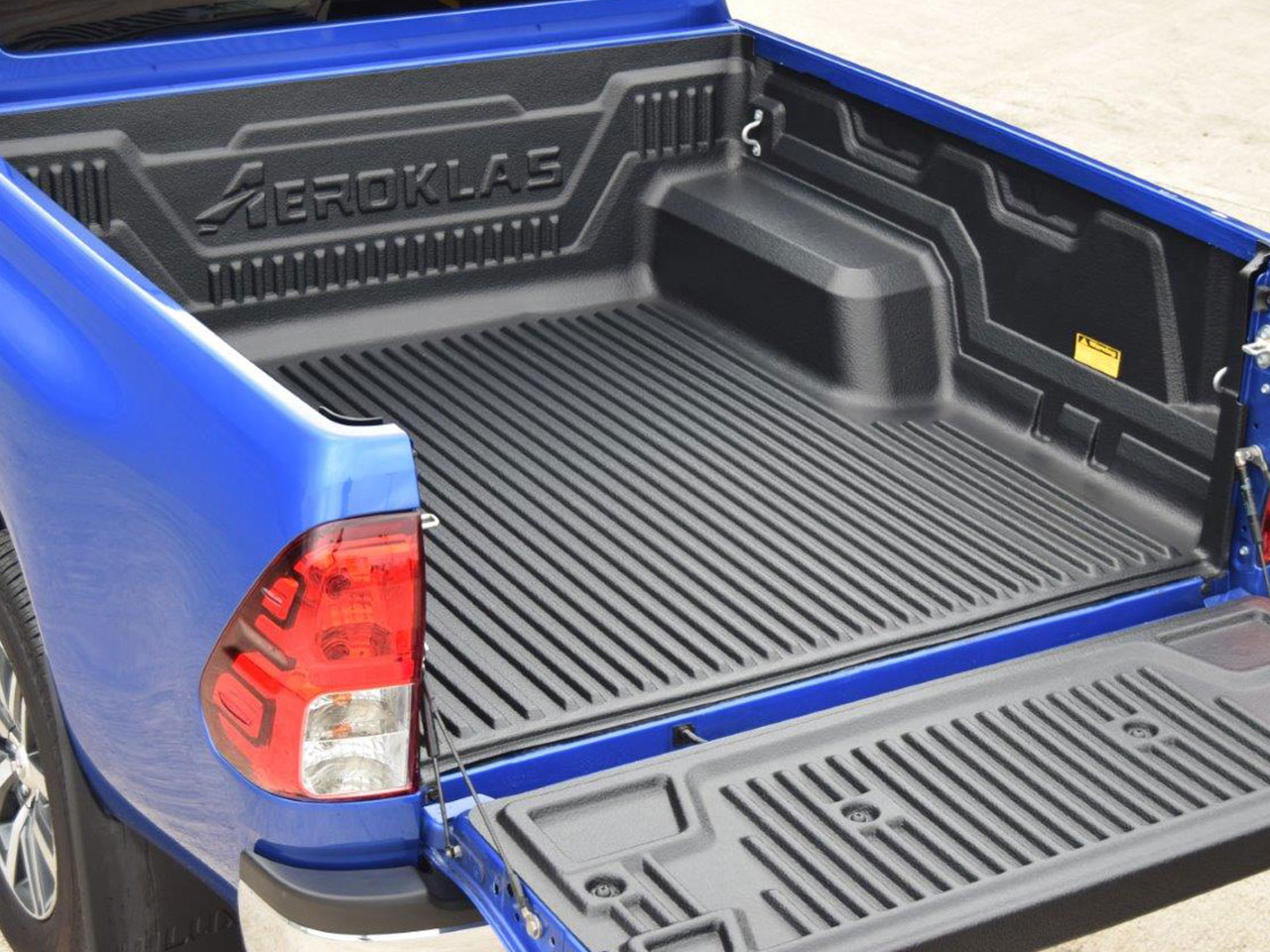 Details about Toyota Hilux Double Cab 2016 on Aeroklas Under Rail Bed Liner