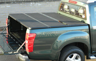 Hard tri folding tonneau cover with straps