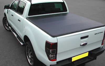 Ford Wildtrak with soft hidden snap tonneau cover